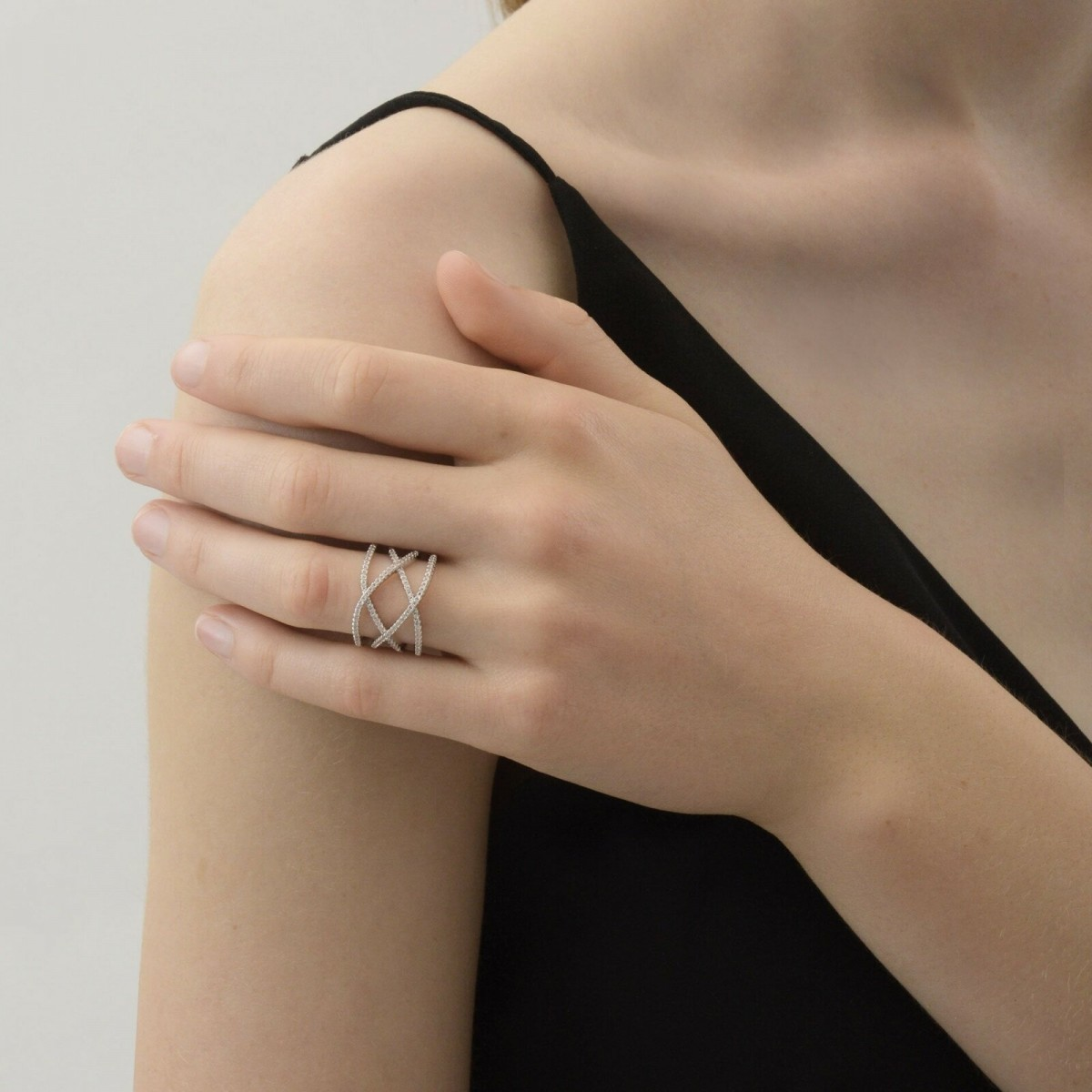 1A1002 Shimmer Curve Ring Guld